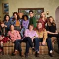 "Roseanne 10×06 ""No Country for Old Women"" Synopsis & Photos"